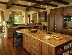 Toscano Sul Lago home project from Gelotte Hommas Tuscan Kitchen, Home, Home Kitchens, Kitchen Remodel, Kitchen Design, Sweet Home, Rustic Dining Room, Kitchen, Dream Kitchen