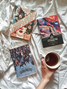 """morethanyabooks: """" triflingthing: """"the Penguin Classics Deluxe editions are a little out of this world """" Might need one or all of these… """" Book Nerd, Book Club Books, Good Books, Books To Read, My Books, Book Cover Design, Book Design, Book Flatlay, Back In The Game"""