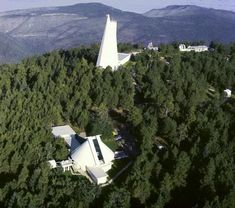 The Sunspot Solar Observatory site on Sacramento Peak in New Mexico. Sacramento, Solar Telescope, New Mexico Usa, Mexico Style, Land Of Enchantment, National Forest, To Go, Places, Closure