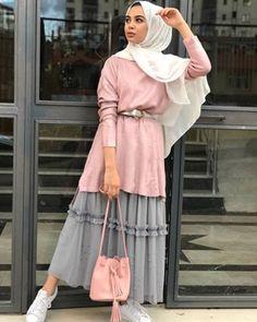 ButikGez | Tarz tesettür giyim modelleri ve butikleri Modern Hijab Fashion, Muslim Fashion, Modest Fashion, Fashion Outfits, Hijab Style, Hijab Chic, Casual Hijab Outfit, Hijab Dress, Modest Dresses