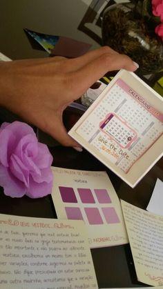 Corsage, paleta de cores e save the date do convite das madrinhas
