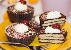 Receta fácil y casera de Cupcakes de chocolate con galleta