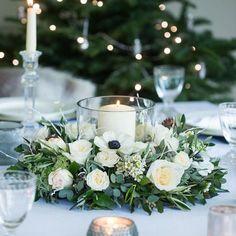 Green Wedding Centerpieces, Christmas Table Centerpieces, Wedding Table Flowers, Candle Centerpieces, Wedding Table Centerpieces, Wedding Decorations, Centerpiece Ideas, Wedding Table Arrangements, Table Centre Pieces Wedding