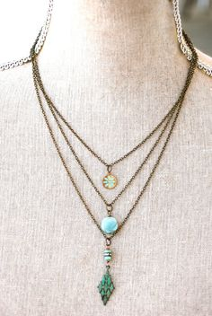 Serena...  was oh so boho chic  This is an awesome layered necklace.! It features antique brass necklaces. The longest length is 22,20 and 17.