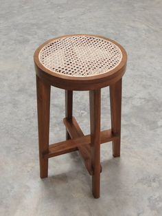 High Stool with Cane Seat / Pierre Jeanneret - Objet d' art
