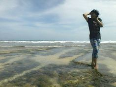Pantai Ujung Genteng di Sukabumi, Jawa Barat