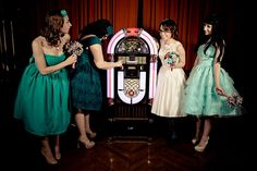 I would LOVE to have a jukebox at my reception!