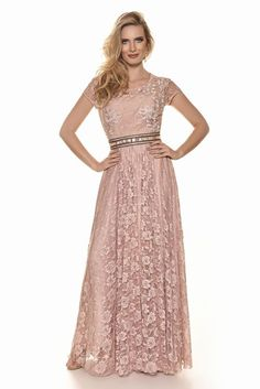 Woman - Fascinius Moda Evangélica Formal Evening Dresses, Formal Gowns, Dress Brokat, Moda Formal, Modesty Fashion, Engagement Dresses, Haute Couture Dresses, Gowns Of Elegance, Red Carpet Dresses