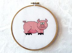Pig PDF Pattern: Counted cross stitch pink by TheCompassNeedle