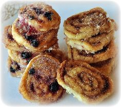 These look easy. I should make them for the Murder Mystery party. // PASTRY SWIRLS » Get Off Your Butt and BAKE!