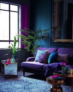 The dark blue walls set of the ultra Violet trend very nicely. Deardesignerblog.  #darkside #darkblue #blue #wednesday #wednesdayinspiration #midcenturymodern #midcentury #midcenturyliving #midcenturystyling #interiordesign #interiors #interiorstyle #interiorstyling #interiorinspo #homedecor #homestyle #homedesign #homestyling #interiorsblogger #interiorsblog #homeblog #homeblogger #inspo #interier #myhomevibe #styleithappy #2018interiors #2018style