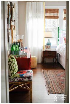 LOVE this eclectic look with a mix of traditional furnishings and bright finishes and fabrics Home Design, Interior Design, Boudoir, White Curtains, Linen Curtains, White Bedding, Drapery, Guest Room Office, Dream Bedroom