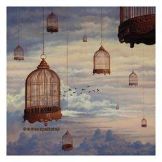 Özgürlük, insanın kendi seçimlerinden, eylemlerinden, kendi yaşam durumundan sorumlu olduğu anlamına gelir. Irvin Yalom