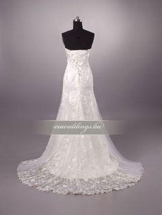 Esküvői ruha csípőtől bővülő ujjatlan-CBU-7757 One Shoulder Wedding Dress, Wedding Dresses, Fashion, Bride Dresses, Moda, Bridal Gowns, Fashion Styles, Weeding Dresses, Wedding Dressses