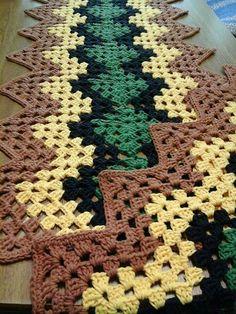 The Crocodile Flower pattern by Joyce D. Crochet Bedspread Pattern, Baby Afghan Crochet, Manta Crochet, Granny Square Crochet Pattern, Tunisian Crochet, Afghan Crochet Patterns, Crochet Granny, Crochet Motif, Crochet Doilies