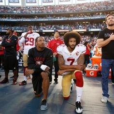 Sports: Entire San Francisco High School Football Team Kneels For National Anthem