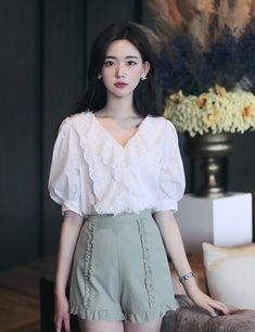 Girls Fashion Clothes, Fashion Pants, Girl Fashion, Fashion Dresses, Ulzzang Fashion, Asian Fashion, Cute Skirt Outfits, Dress Indian Style, Korean Outfits
