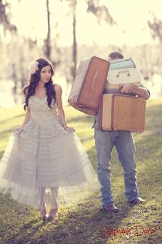 Sorry, cowboy boots. I'd rather wear vintage for my engagement pictures,    fiancé included.