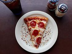 Visit us for the best authentic Italian pizza in Cardiff. Stone baked pizza are delicious Pizza Sans Gluten, Gluten Free Pizza, Pizza Day, Good Pizza, Pizza Pizza, Pizza Food, National Pizza, Pizza Flavors, Thin Crust Pizza