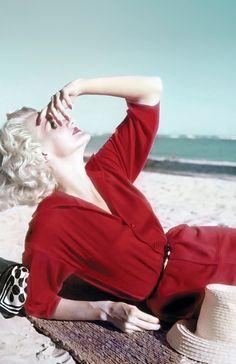 Sunny Harnett, 1954. Photo: Leombruno-Bodi.