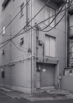 Jan Vranovský / A Not-So-Cheerful Place in Taito–Ku, Tokyo / Photography / 2018 No Mans Land, Tokyo, World, Photography, Cities, Art Nature, Eye Candy, Routine, Editorial