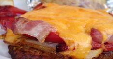 Rakott fajita pulykamell héjában sült krumplival, vajas - fokhagymás joghurtszósszal Tex Mex, Fajitas, Beef Recipes, Sausage, French Toast, Pork, Breakfast, Minden, Meat Recipes