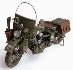 Aurora/ESCIs 1/9 scale WLA 45 Harley Davidson Flathead motorcycle. Built in the late 30s to the specifications of American police forces. Noted for it's good road handling and powerful engine this bike was used heavily by military police and couriers during World War Two. Like all Aurora/ESCI 1/9 scale motorbike kits this kit is excellent and as I said in an earlier post if you find any kits in this series buy it.