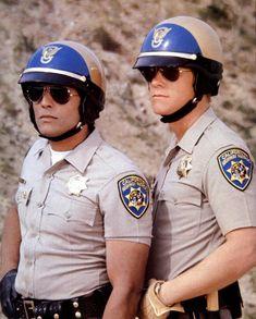Les officiers Francis Llewellyn « Ponch » Poncherello & Jonathan « Jon » Baker - Chips