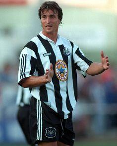 David Ginola Newcastle United 1995-1997  #Ginola #legend #france #Newcastle #newcastleunited #nufc #magpies #epl #themagpies by retro_football_photo