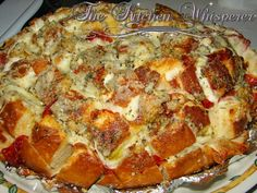 There could be a stampede toward this ooey gooey lovin! Pepperoni Pizza Pull Apart Bread