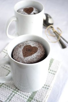 When you want something for dessert that's more than a chocolate bar or ice cream, but still easy enough to make that you can eat it ASAP, mug cakes are your friends. Most of these take less than 2 minutes to make in a microwave. Yeah, that's right.