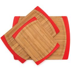 http://www.bambookitchenware.net/   professional bamboo and wooden kitchenware producer based in xiamen, china