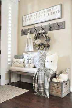 Fall-Inspired Entryway Decorating Ideas-10-1 Kindesign