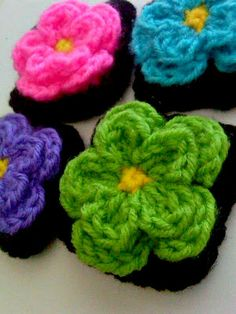 NEW! A Little Loopy, But I'm Hooked: Cute Little Flower Square. ☀CQ #crochet #crafts #DIY.