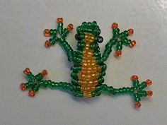Beaded frog in the technique of 3D beading. Free detailed tutorial.