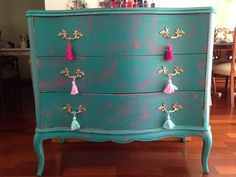 When it comes to painted furniture inspiration it's easy to get overwhelmed. Here's some awesome can help make your search for painted inspiration ideas easier. Turquoise Painted Furniture, Hand Painted Furniture, Paint Furniture, Furniture Decor, Furniture Update, Funky Furniture, Colorful Furniture, Furniture Makeover, Bohemian Furniture