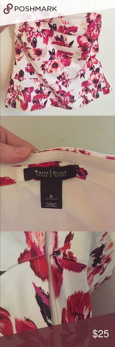 BNWOT White House Black Market Bustier size 8 Never worn. Very slight peplum through waist, structured bodice, elastic around bust to hold the top in place. Floral pattern is gorgeous and perfect for spring. Great top on its own or under a blazer. Tailored, chic and sexy. White House Black Market Tops Blouses