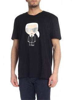 Shop Karl Lagerfeld Ikonik Karl T-shirt In Nero from stores. cotton t-shirt- round neckline- short sleeves- karl print on front- sample size xl- made in portugal- cotton Karl Lagerfeld Men, Hugo Boss, Short Sleeves, Mens Fashion, Mall, Mens Tops, Cotton, T Shirt, Outfits