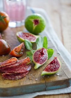 pretty figs- one of my favorite foods