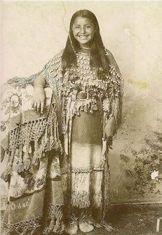 Как выглядели коренные жительницы Северной Америки? Старинные фотографии индейских девушек - Ярмарка Мастеров - ручная работа, handmade