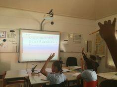Een spel gespeeld met woorden van het huiswerk. Ook moesten de leerlingen de letters in het Nederlands zeggen. En de e/a/i gingen al stukken beter!