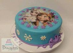 bolo frozen para aniversário Elsa e Ana