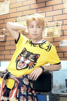 Image shared by kookiemonsta. Find images and videos about kpop, bts and bangtan boys on We Heart It - the app to get lost in what you love. Jimin, Bts Bangtan Boy, Bts Boys, Jhope, Kim Namjoon, Kim Taehyung, Foto Bts, Hoseok, Mixtape