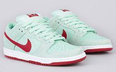 Nike SB Dunk Low Pro - Medium Mint / Gym Red | KicksOnFire