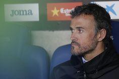 Barcelona's coach Luis Enrique looks on before the Spanish league football match RCD Espanyol vs FC Barcelona atthe Cornella-El Prat stadium in Cornella de Llobregat on April 29, 2017..Barcelona won 3-0. / AFP PHOTO / PAU BARRENA
