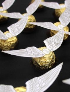 Harry Potter Recipes - Golden snitches and other Harry Potter food for your Harry Potter themed party