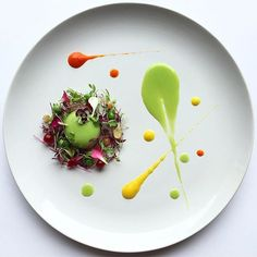 """""""Pea sphere forrest"""" pea sphere, amaranth and coriander microgreen, edible flowers, peas, red and white microgreen with pea and capsicum purée. Throwback to my favourite work of art by @royalebrat #GourmetArtistry"""