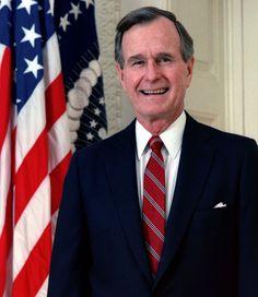 George Herbert Walker Bush, (1946- ), 43rd  President of the United States, 1989 official portrait.