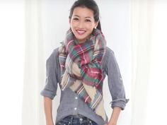 When the weather outside is more than frightful, your trusty blanket scarf promises to keep you warm and chic — as long as you know how to style it. Blanket Scarf Outfit, How To Wear A Blanket Scarf, How To Wear Scarves, Fall Outfits, Casual Outfits, Cute Outfits, Fashion Outfits, Fashion Tips, Fashion Wear