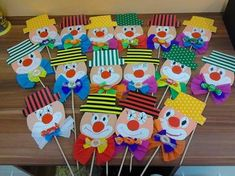 This cute clown theme. This cute clown theme. You can use it too … – This cute clown theme. You can also use these items for the Kids Crafts, Clown Crafts, Carnival Crafts, Carnival Decorations, Paper Christmas Decorations, Diy And Crafts, Arts And Crafts, Circus Theme, Circus Party